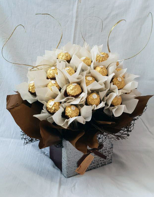 Chocolate Bouquet Ferrero Rocher