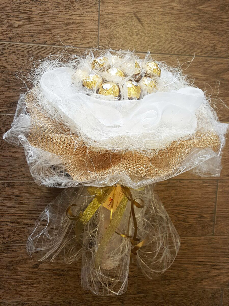 Gold Candy Bouquet
