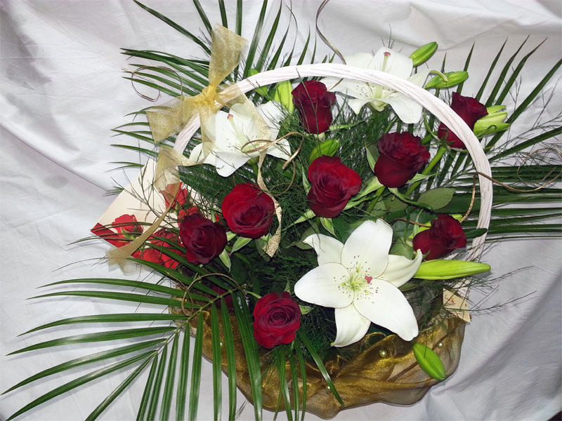 Basket of flowers - Tatiana