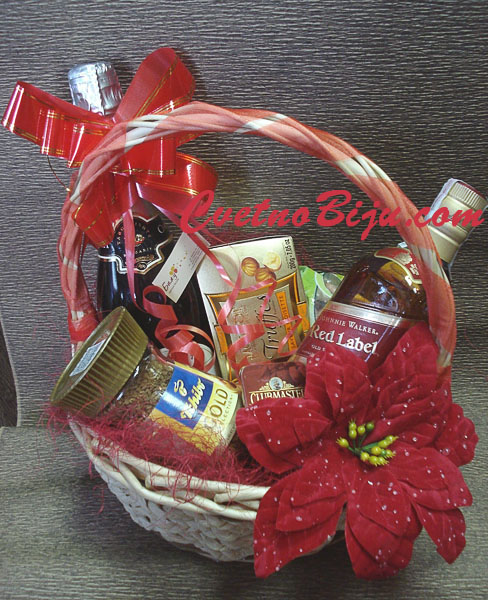 Red Label Christmas Basket