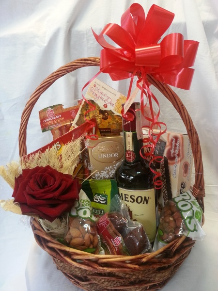 Mollie Gift Basket