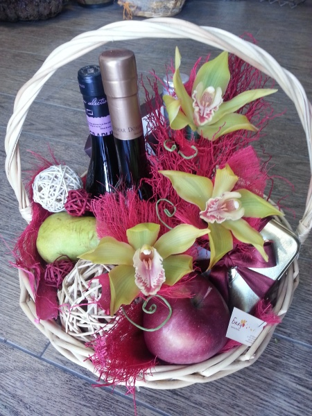 Gift Basket - Extravagant orchids