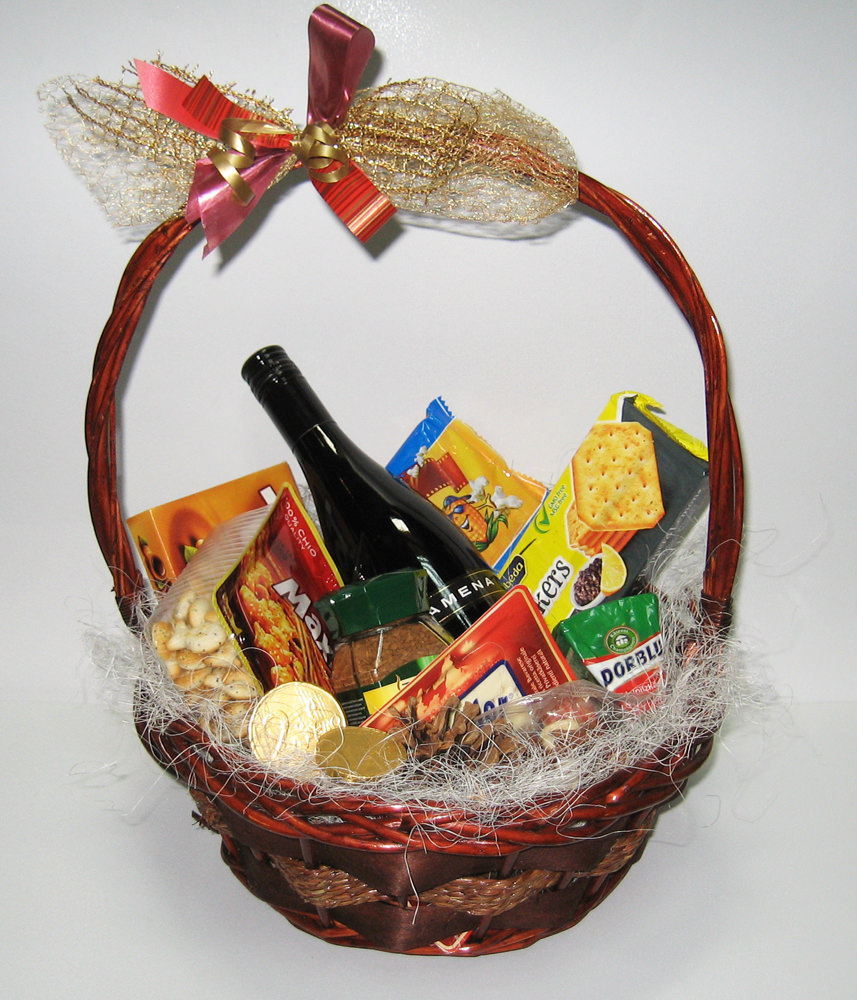 Christmas Basket with Red Wine