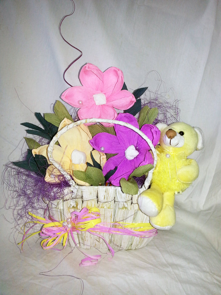 Gift Basket with paper flowers