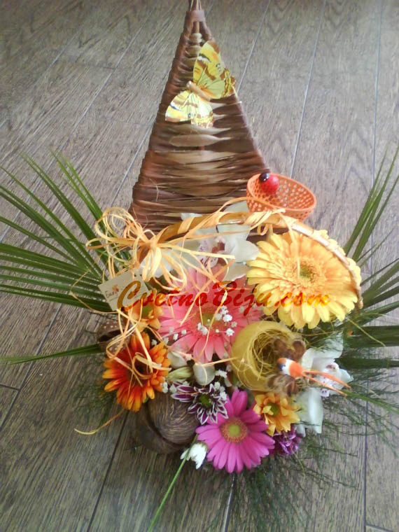 Basket with natural flowers - Splendor