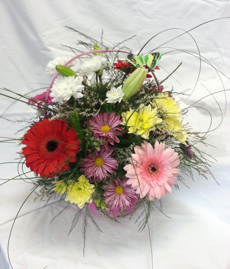 Basket with flowers - Cathy
