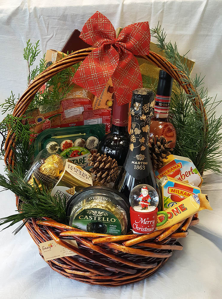 "Gift Basket ""Salty Sweet"""