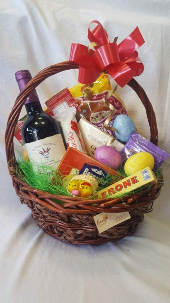 "Basket - ""Easter surprise"""